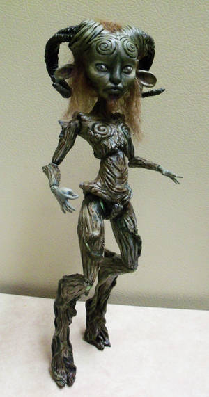MH CAM Witch Pan's Labyrinth Mod 01