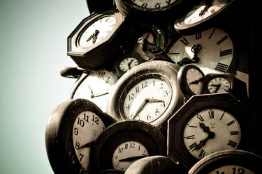 time is running out by tx2z