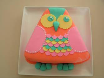 Owl cake by squatsatch