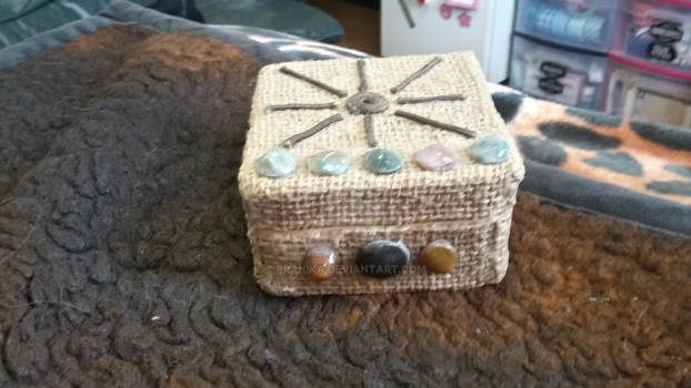 Small tarot box pic #1-frount view with stones