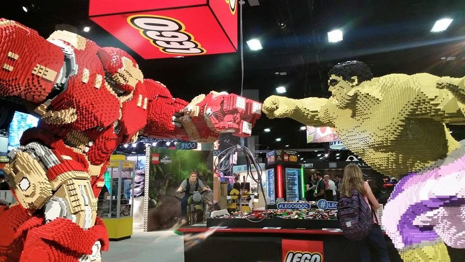 SDCC 2015 Lego booth by corysmithart