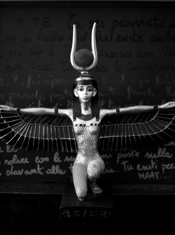 Ode to Maat by Lochrann