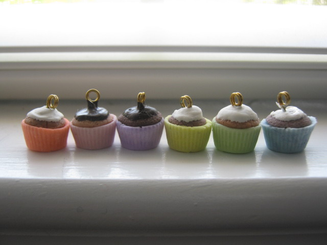 Cold Porcelain Cupcakes by CraftyGirl27