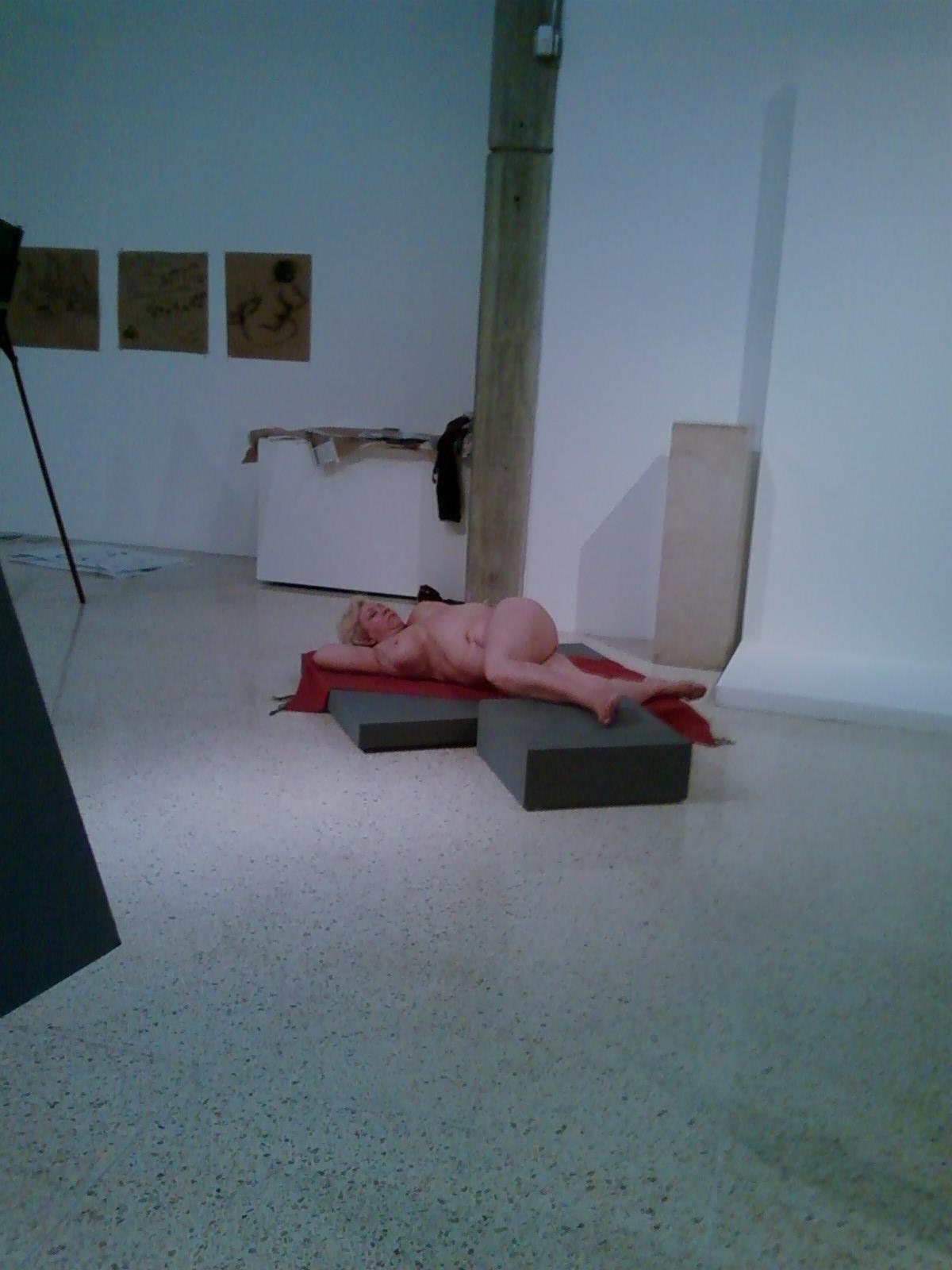 pintura con modelo al desnudo by ananicoleta