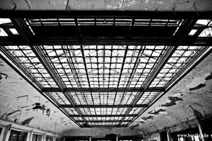 Window in the roof by BenThijs