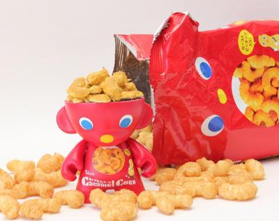 Caramel Corn Puffs Munny by spilledpaint88
