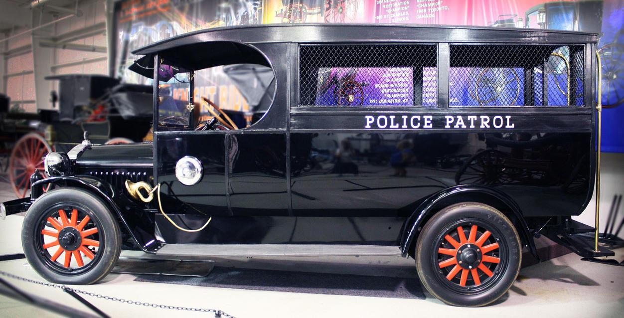 1920s police patrol by missmodelt on deviantart. Black Bedroom Furniture Sets. Home Design Ideas