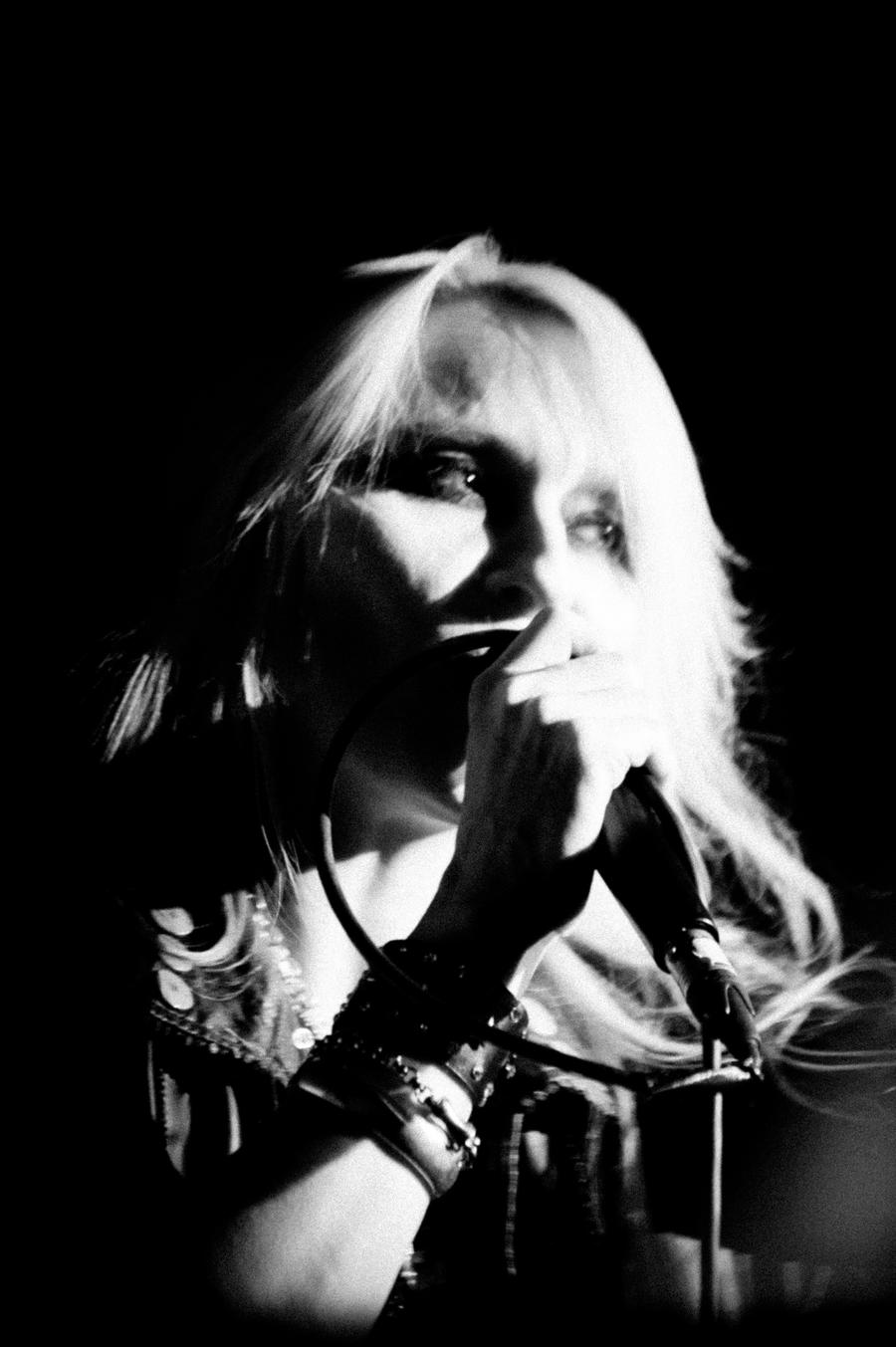 Doro Pesch live unplugged by woodfaery