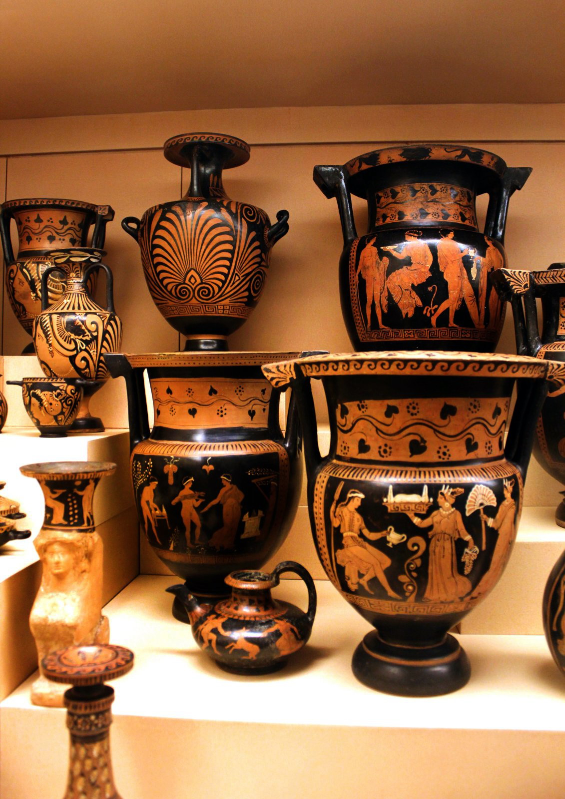 Greek Urns by phlufii on DeviantArt