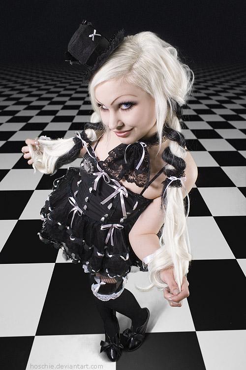 Chess Wonderland by hoschie
