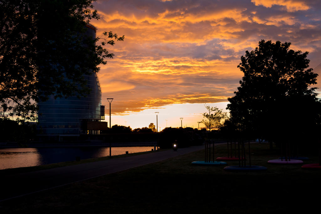 Sunset Ride by Medniex
