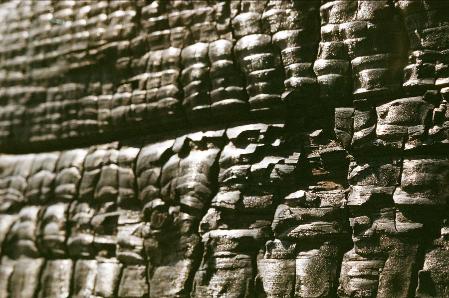 Coal Wall by Medniex