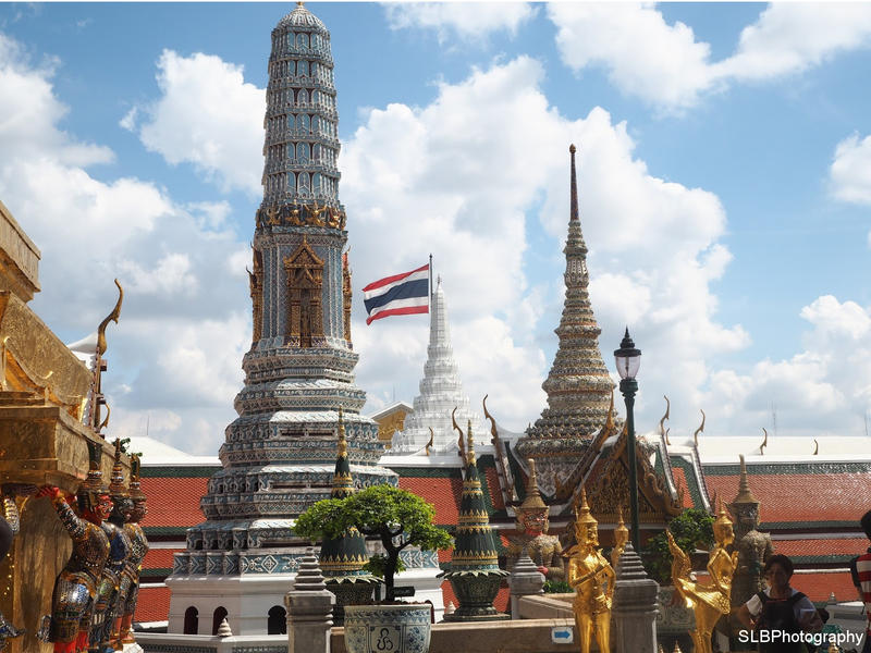 Bangkok Temple by shannonBAKERx