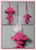 Pink Jellyfish by MyntKat