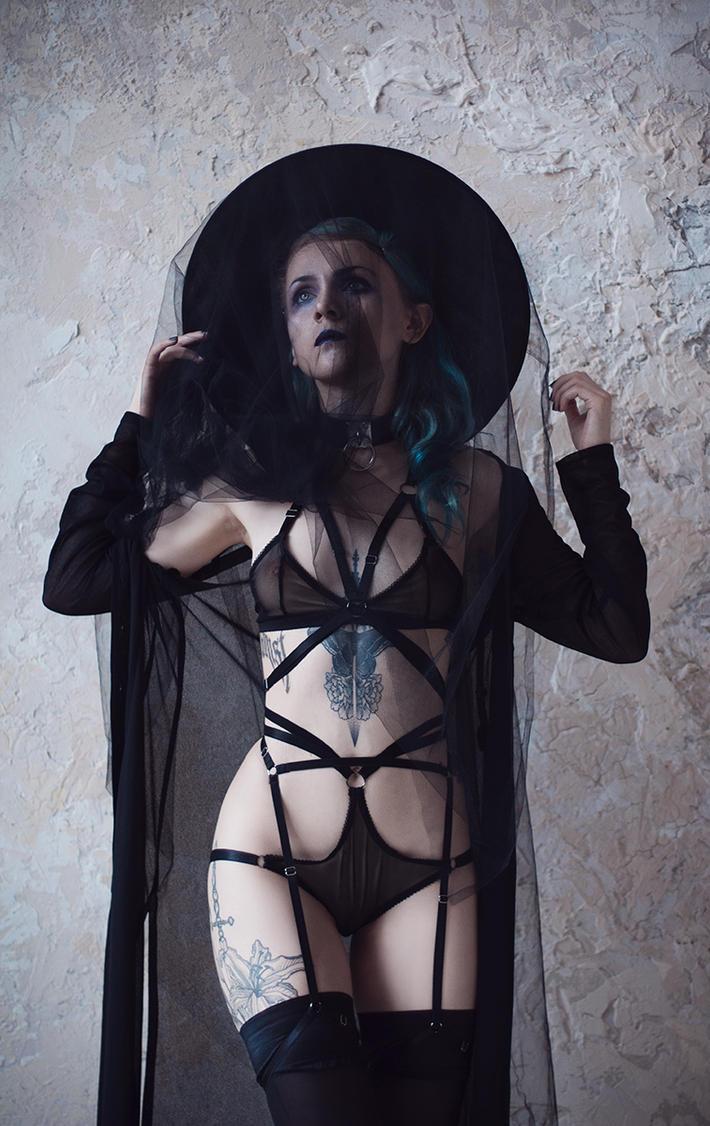 BlackMoon by Glenofobia