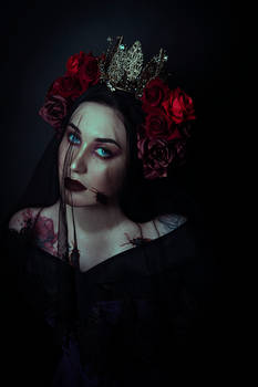 Mourning Queen