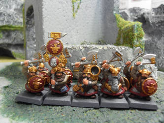 Dwarf warrios of Clan Ironbeard by SirPerryBerry