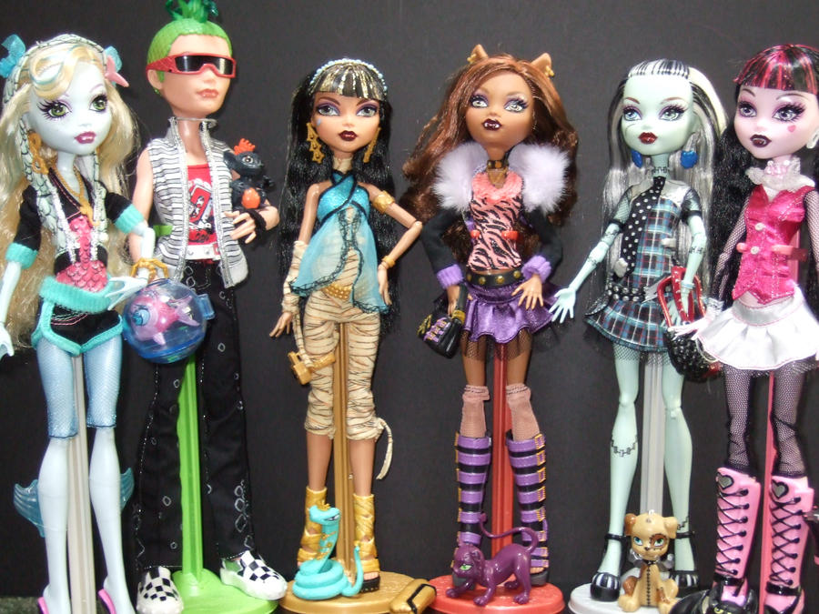 Monster High Doll Collection by StarRacerEva on DeviantArt