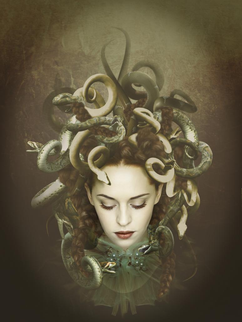 Medusa by imagase