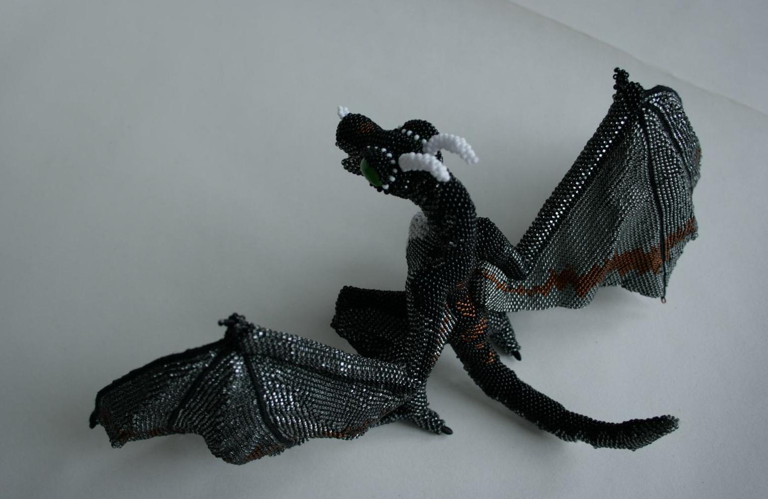 Галерея конкурсных работ - Страница 3 Large_wyvern_0_6_by_bronze_huntress-d4jyhax