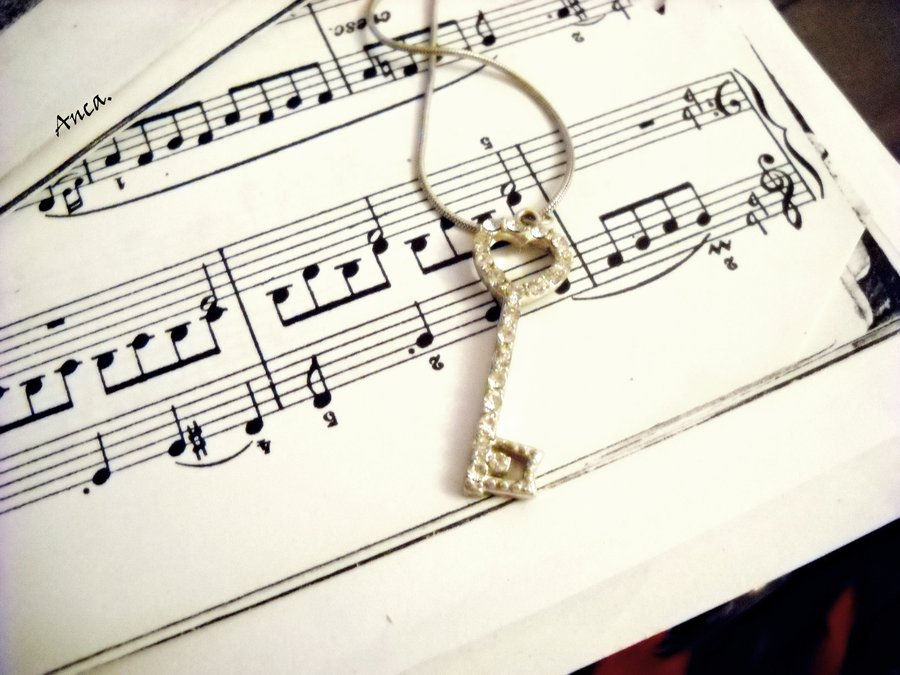 Key of music by xAnnca