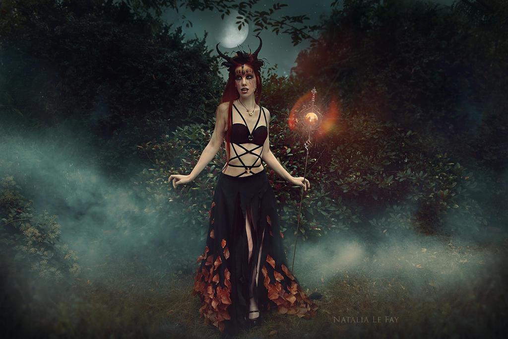 Halloween sorceress by NataliaLeFay
