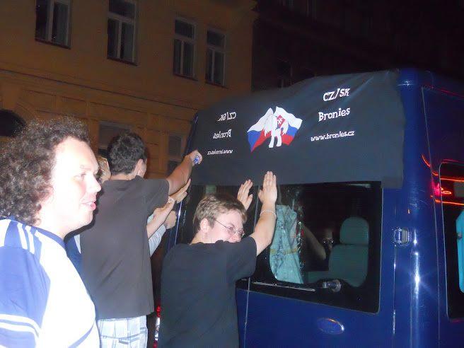 Bronies CZ/SK preparing for departure by TakeruDavis
