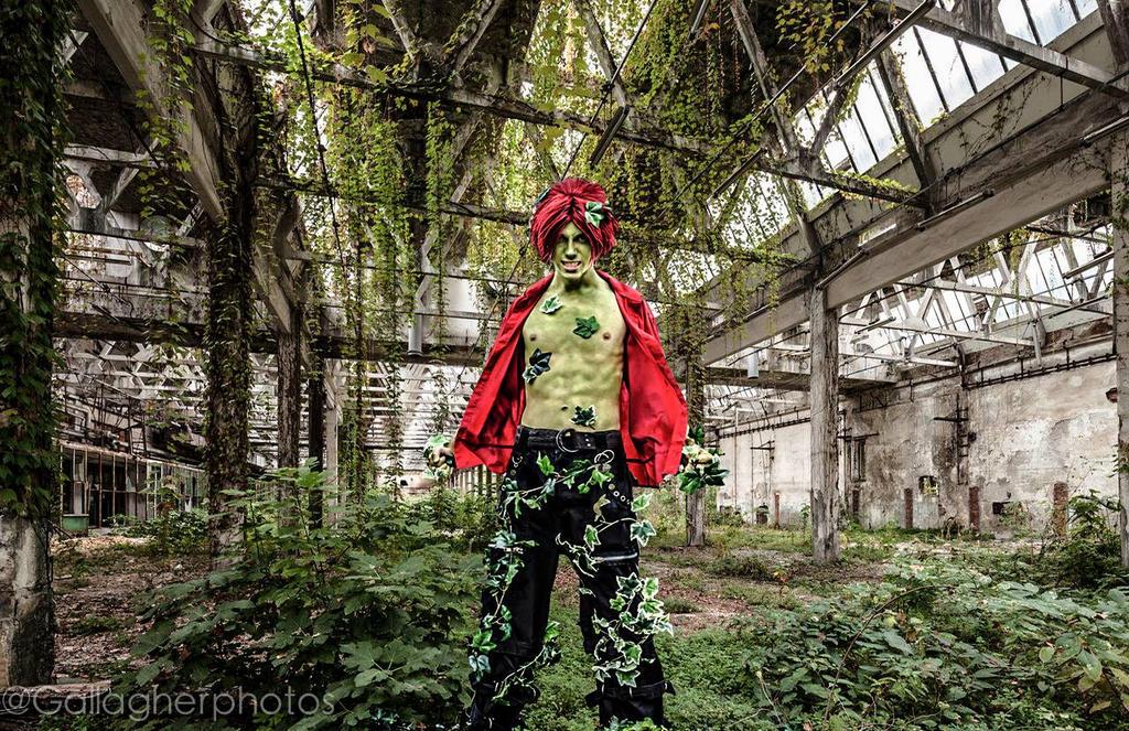 Poison Ivy (Batman: Arkham Asylum) by MidKnight-Cosplay on ...