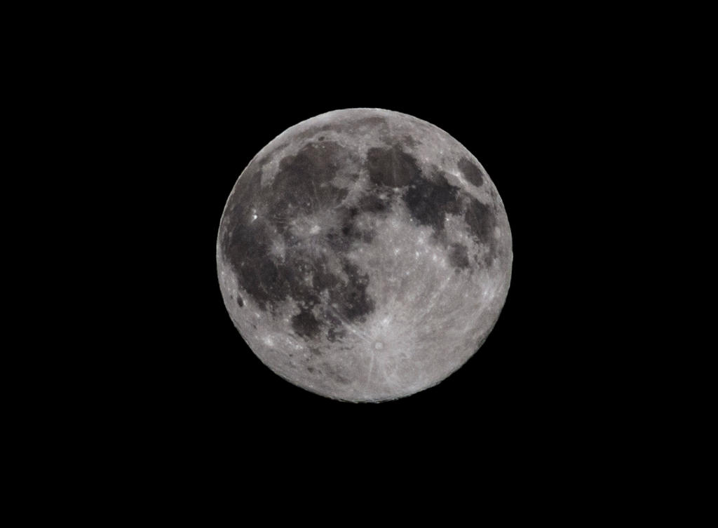 Moon2 by tonyrabina