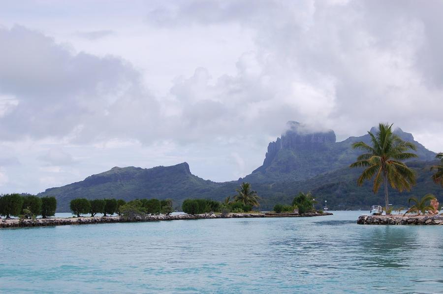 Welcome to Bora Bora by Destroythebeautiful