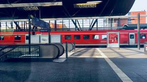 BR 612 arrives in Erfurt Main Station
