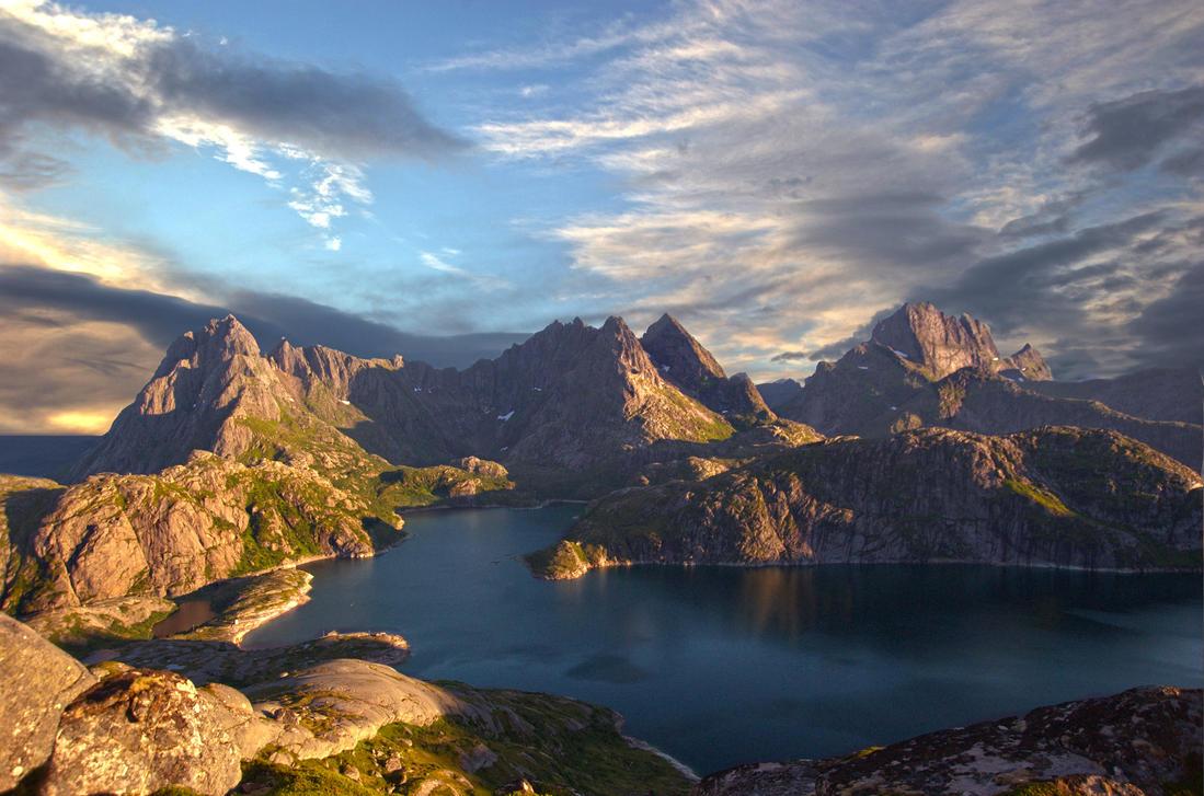 Lofot Alps by steinliland