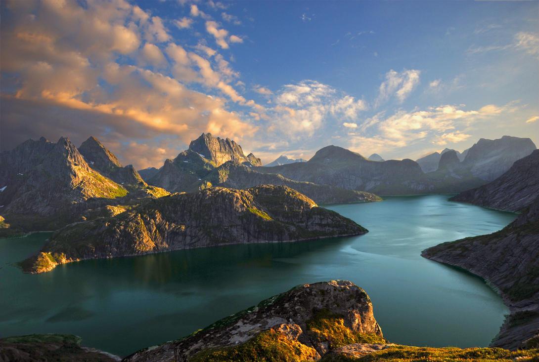 Lake Solbjornvannet by steinliland