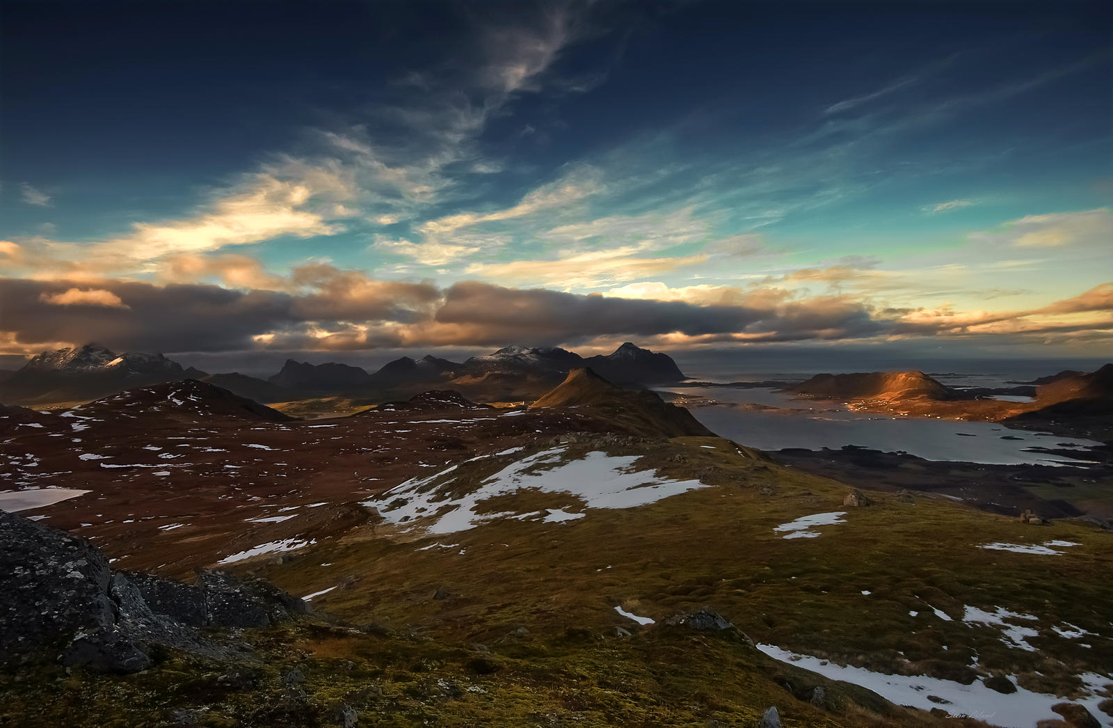 From Brattflogan Lofoten by steinliland
