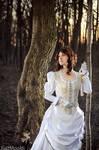Victorian Lady - White Dress
