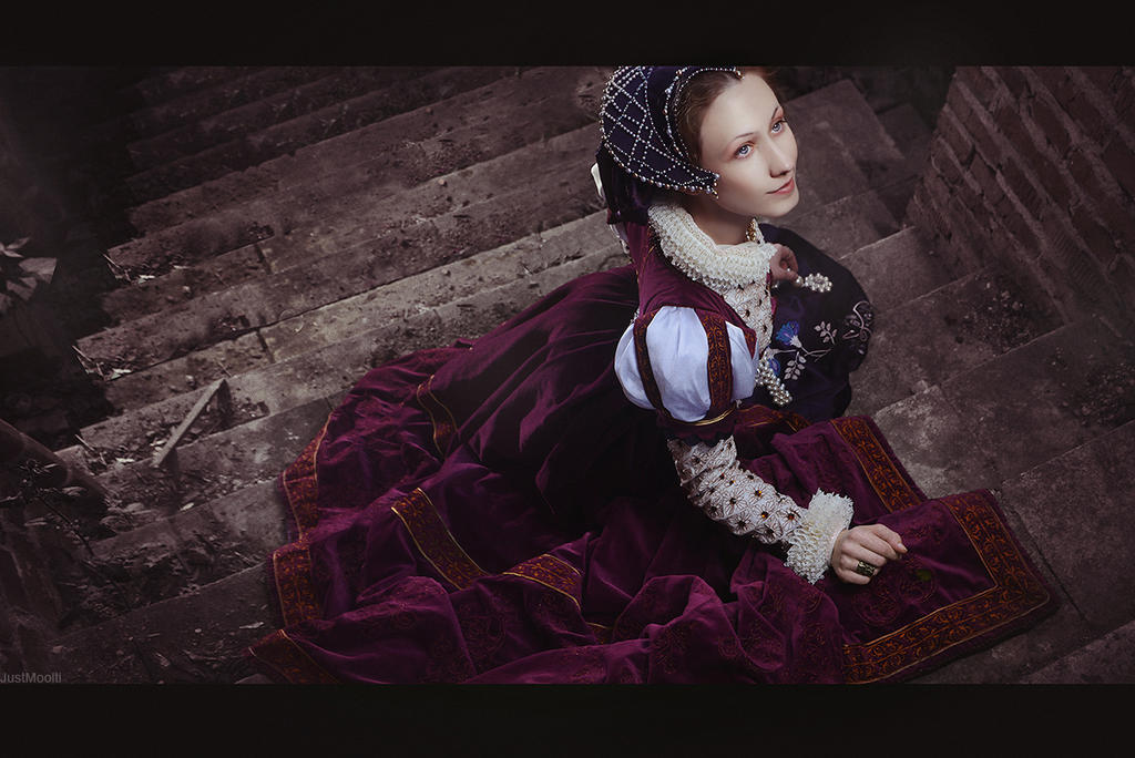 Renaissance Lady by adelhaid