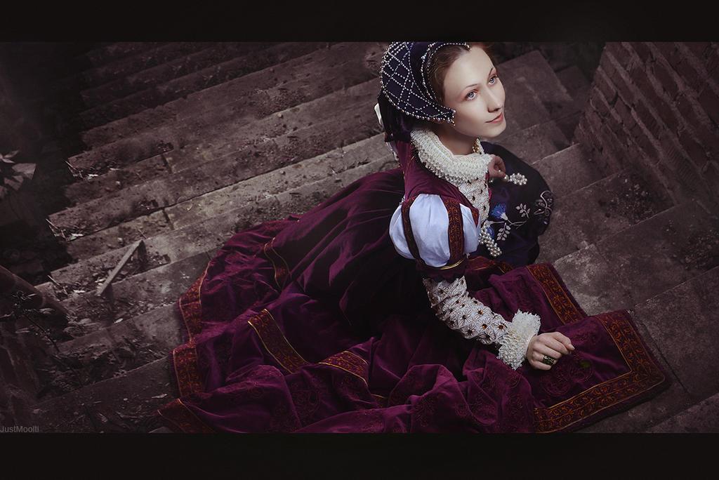 Renaissance Lady by adelhaid