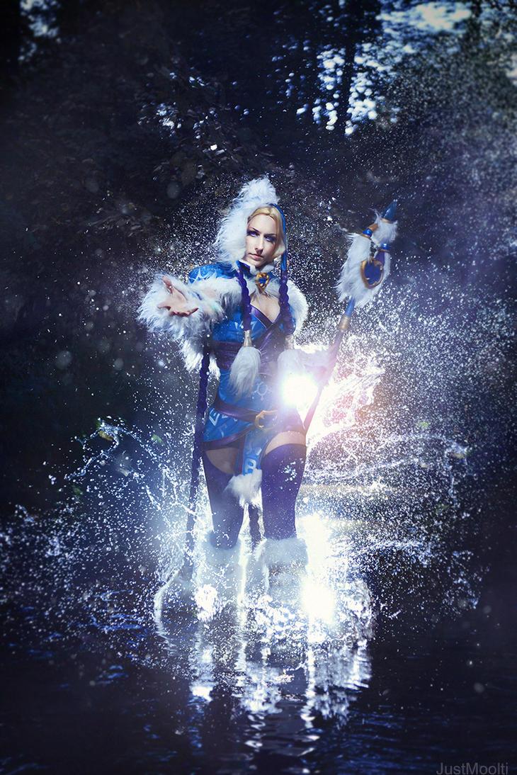 Crystal Maiden by adelhaid