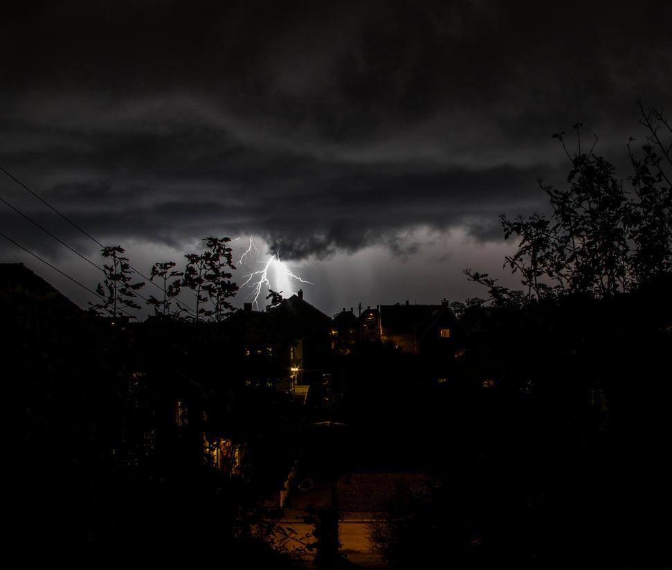 lightning by Keaphoto