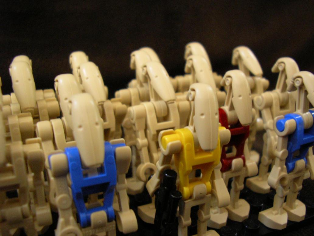 Droids by EbolaBearVomit