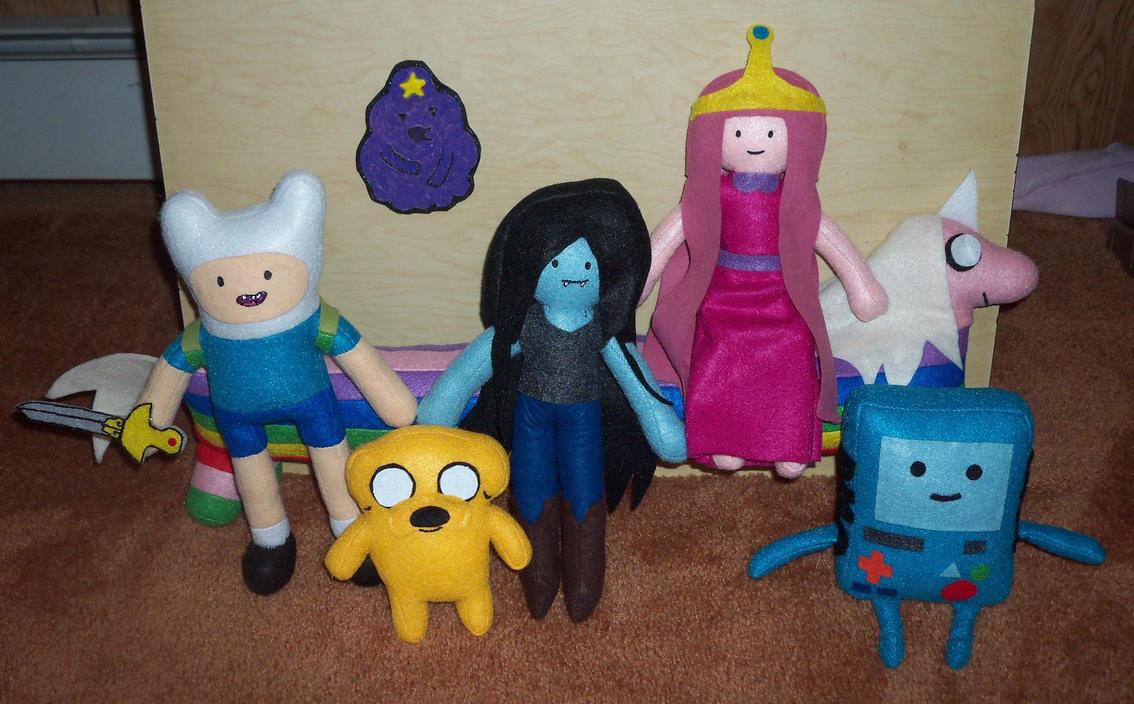 Adventure Time Plushies by TashaAkaTachi