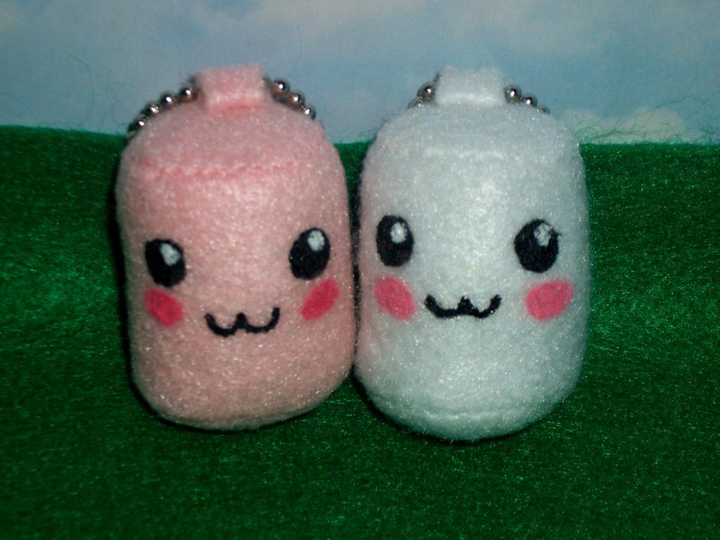 Kawaii Marshmallow Keychains by TashaAkaTachi