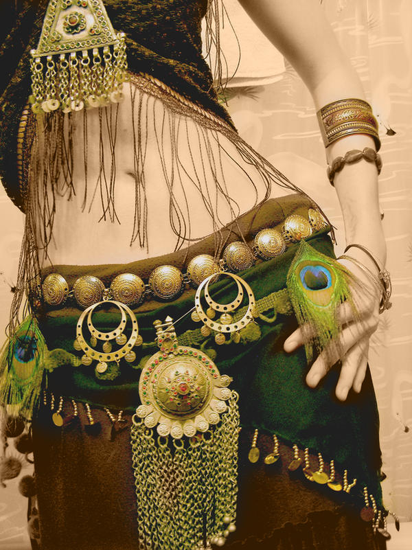 Tribal Fusion Bellydance by mindywheeler