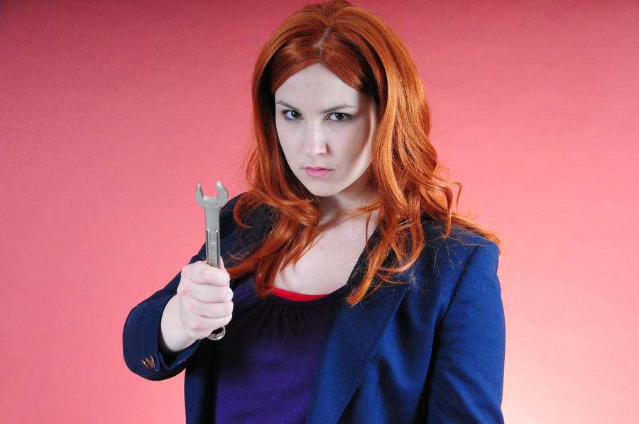 Amy Pond - HEY... PREGNANT by moonflower-lights