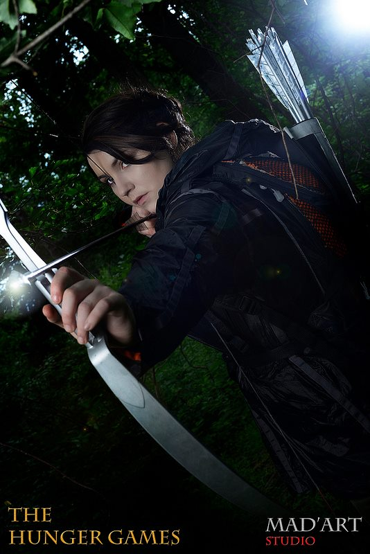 Katniss Everdeen- District 12 by moonflower-lights