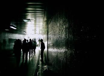 underpass.. by kenanka