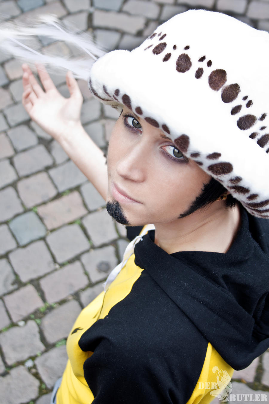 Trafalgar Law by oOButler-ChanOo on DeviantArt