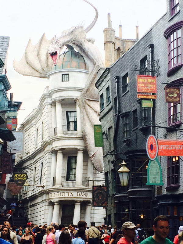 Diagon Alley by XxAwkwardTurtlexX
