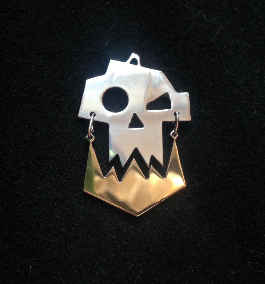 Warhammer40k Ork stainless steel pendant by Snoopyc