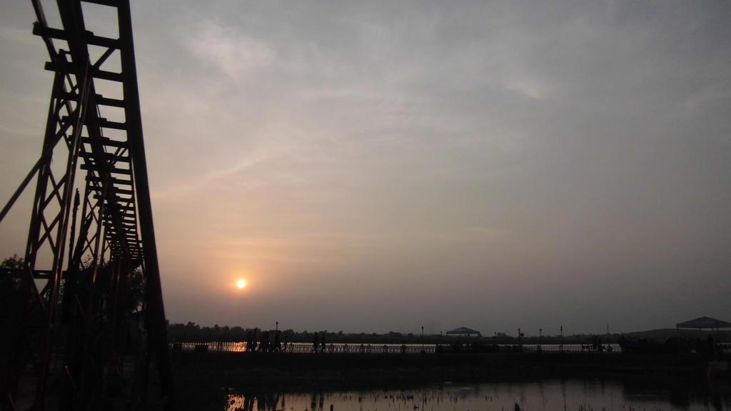 kallar kahar lake by zahidnabi